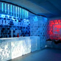 ABSOLUT ICEBAR, Milan, Italy / Photo © ICEHOTEL and ABSOLUT ICEBAR