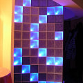 Oświetlenie światłowodowe luksferów<br />Prywatne mieszkanie